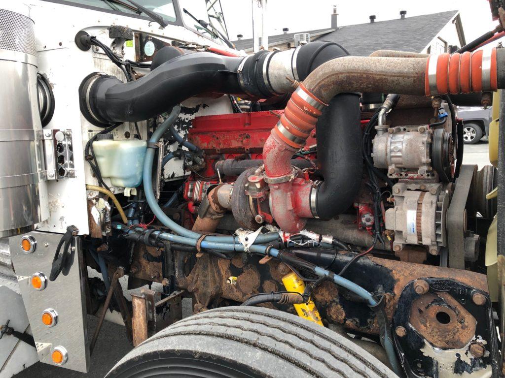 2006 - Peterbilt 379 - Tractor truck - Camions Gilbert